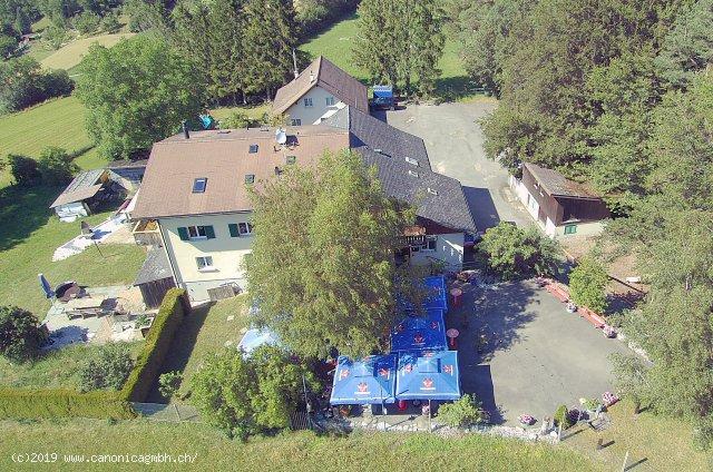 Ausflugsrestaurant mit Gartenrestaurant und angebautem Wohnhaus (665 m.ü.M)